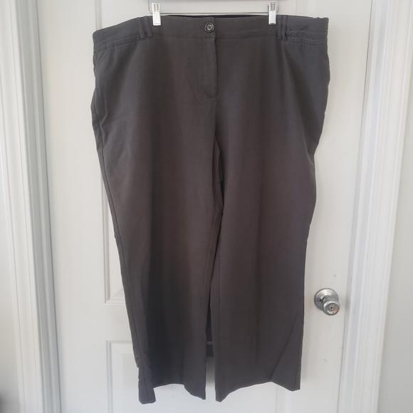Avenue Pants - Avenue gray stretchy waist trousers size 24